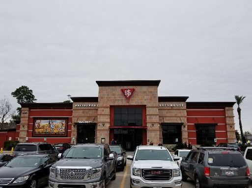 Exterior of BJs Brewhouse